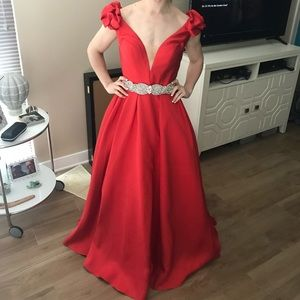 Jovani Dresses - Jovani Red Ball Gown